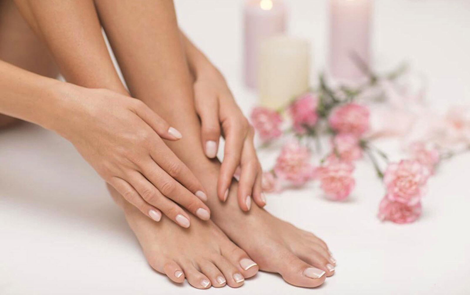 Salon-de-beaute-french-manucure-french-pedicure-epilation-nail-salon-paris-9-3